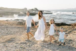 mallorca family photographer beach 300x200 family picture by the beach