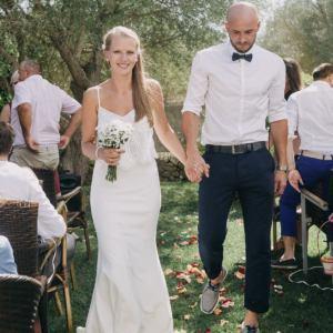 elopement photographer in mallorca 300x300 18
