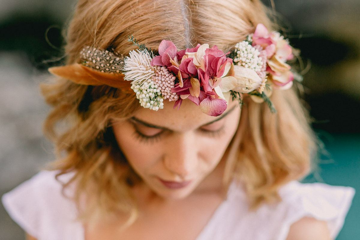 Mallorca wedding photographer - boho bride with flower crown