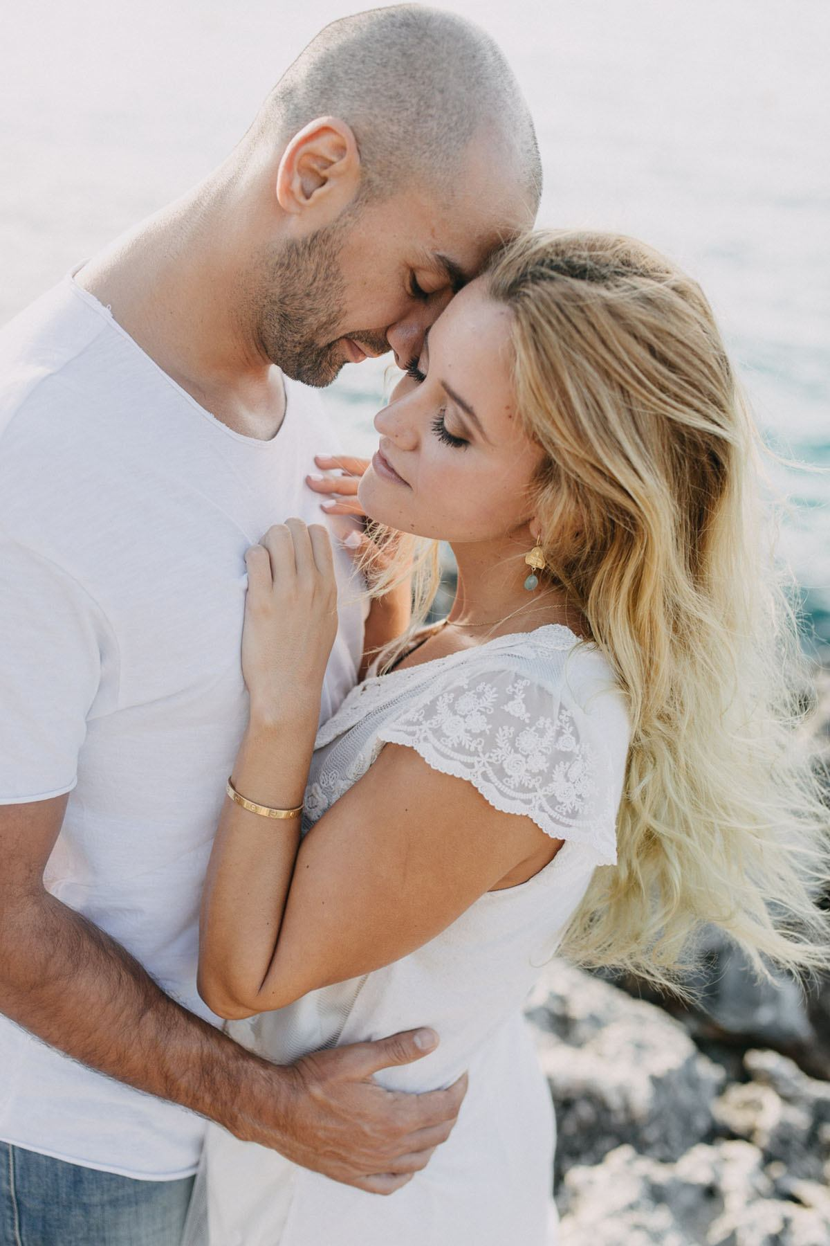 cala d or elopement photographer - Photographer Cala d'Or | Intimate couple photo shoot in Mallorca