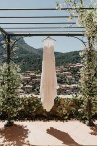 elopement photography Spain 200x300